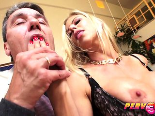 MILF Alexis Fawx Squirts All Over Big Dick