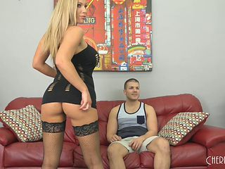Busty Olivia Austin rides the pecker like a true sex goddess