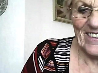 Granny showing her Tits