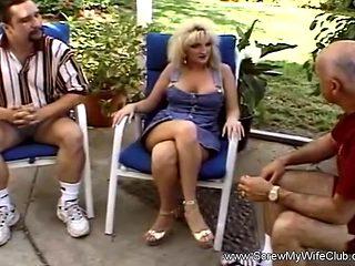Swingers Enjoying The Amateur Life