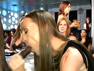 Babes cocksucking at the bachelorette party