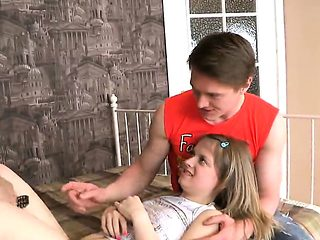 Boyfriend assists with hymen physical and nailing of virgin