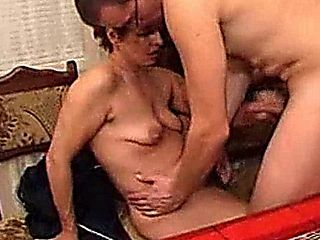 Mature Mom Does Her Neighbor Amateur