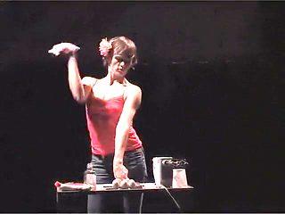Naked on Stage-30 Nus11