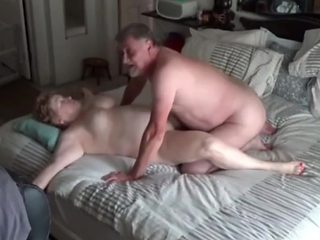 Busty Mature Divorced Wife Pleasing Boss on Business Trip