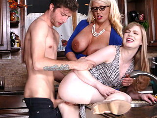 Kitchen threesome fucking with Dolly and Alura