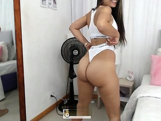 Apretando Las Culo Ass Clench Air Humping Pawg Latina Twerk