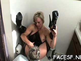 Hot babe gets her ass licked, sucks wang and gets a facial