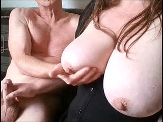Amateur Couple BBW Big Boobs Wife Handjob