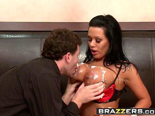 Big tit pornstar Sienna West wants some anal - Brazzers