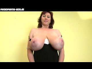 Busty milf loves to get her nipples sucked and fucked