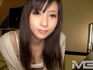 Amateur individual shooting, post. 354 / Akina 19-year-old college student