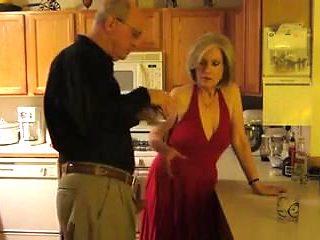 Granny Sheila 6.2 Kitchen Fuck