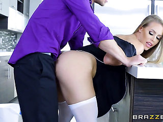 Blonde Nicole Aniston gets some in steamy sex scene with Michael Vegas