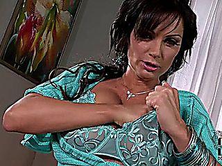 Mature Brunette Sheila Grant Masturbates