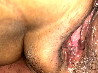 Eating my wife pussy