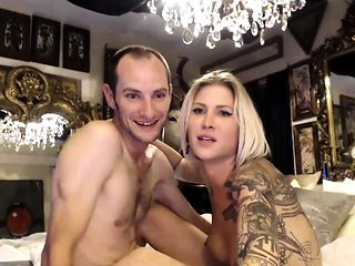 Pretty ladyboy loves a man live on Cruisingcams
