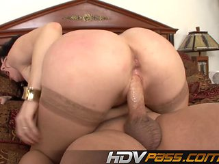 Hot Big Tits Milf Ray Veness Ride a Big Cock and Cum on Tits