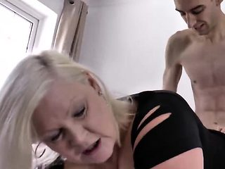 Monster cock banging lovely gilf