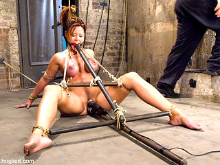 Christina Carter in Christina Carter Is Back  No Cuts, No Edits, One Take. - HogTied