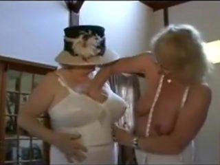 British grannies kissing and fingering