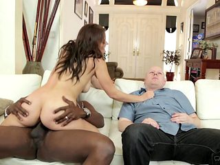 Brunette breathtaker is ready to spend hours sucking mans schlong non-stop
