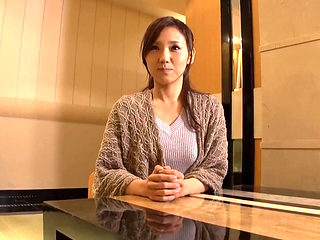 Hotel Fuck With A Japanese Slim Beauty
