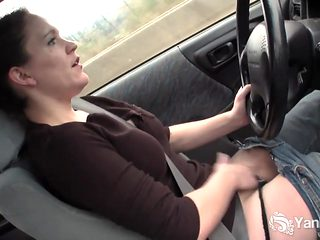 Yanks Cutie Lou Lebonne Cums in the Car