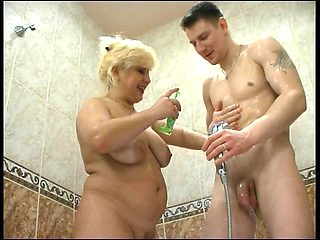 Big boobs sex in the shower vids
