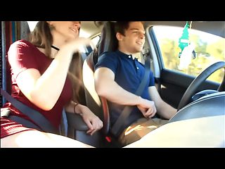 Girl gives Guy BLOWJOB while he drives car - SexCamMedia . com
