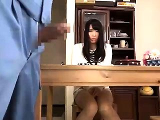 Quick Japanese blowjob and cunt fingering