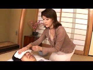 Hot Japanese Mom S  T  02