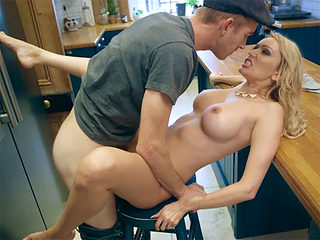 Busty mother in law seduces the husband in the kitchen