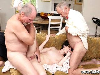 Blowjob Gangbang First Time Frannkie Heads Down The Hersey Highway