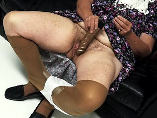 Hd granny masturbating