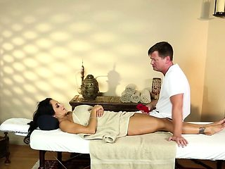 Busty massage beauty titfucked by her masseur