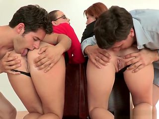 Cfnm Foursome Femdoms Rimmed By Test Subjects
