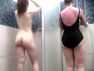 Shower 6-0013