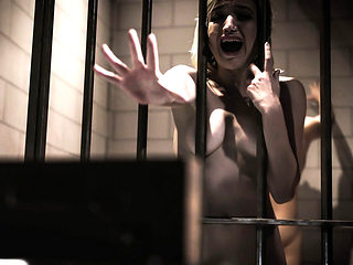 Two strangers are eroticd to fuck in prison cell