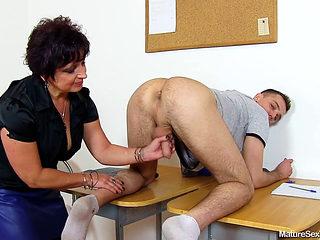 Big Tit Mature Teacher Loriell Handjob