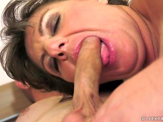 Brunette knows no limits when it comes to sucking her fuck buddys man meat