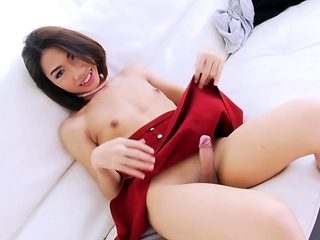 Petite asian shemale gets her butthole rammed bareback