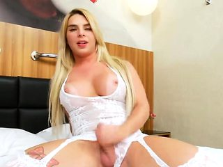Phat ass shemale Carol Penelope and nasty dude pounding