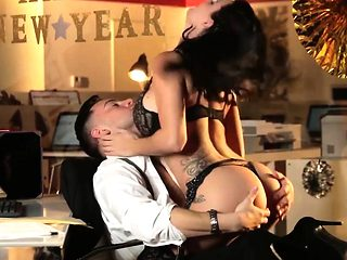 Babes - Office Obsession - Seth Gamble and Pe