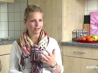 Susanne zeigt bereits im Interview was keiner erwartet