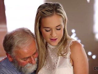 OLD4K. Chick celebrates passing exams by having sex with old dad