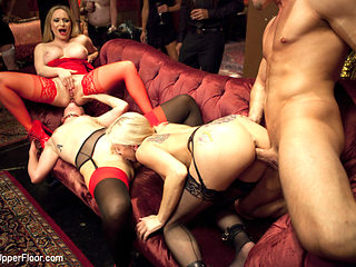 Aiden Starr & Bill Bailey & Claire Robbins & Christie Stevens in Ass Eating Slap Fight Anal Fours...