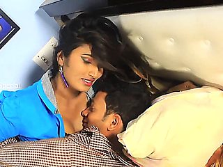Swathi Naidu Romance With Boyfriend Romantic Clip