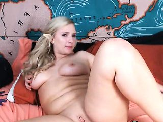 Blonde bbw fucks pussy with toys