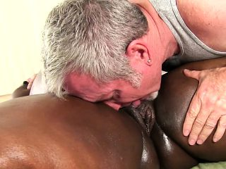 Curvy chocolate lady enjoys an erotic massage and blows a hard stick